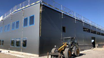 Wedholmsin uusi tuotantolaitos harjakorkeudessa